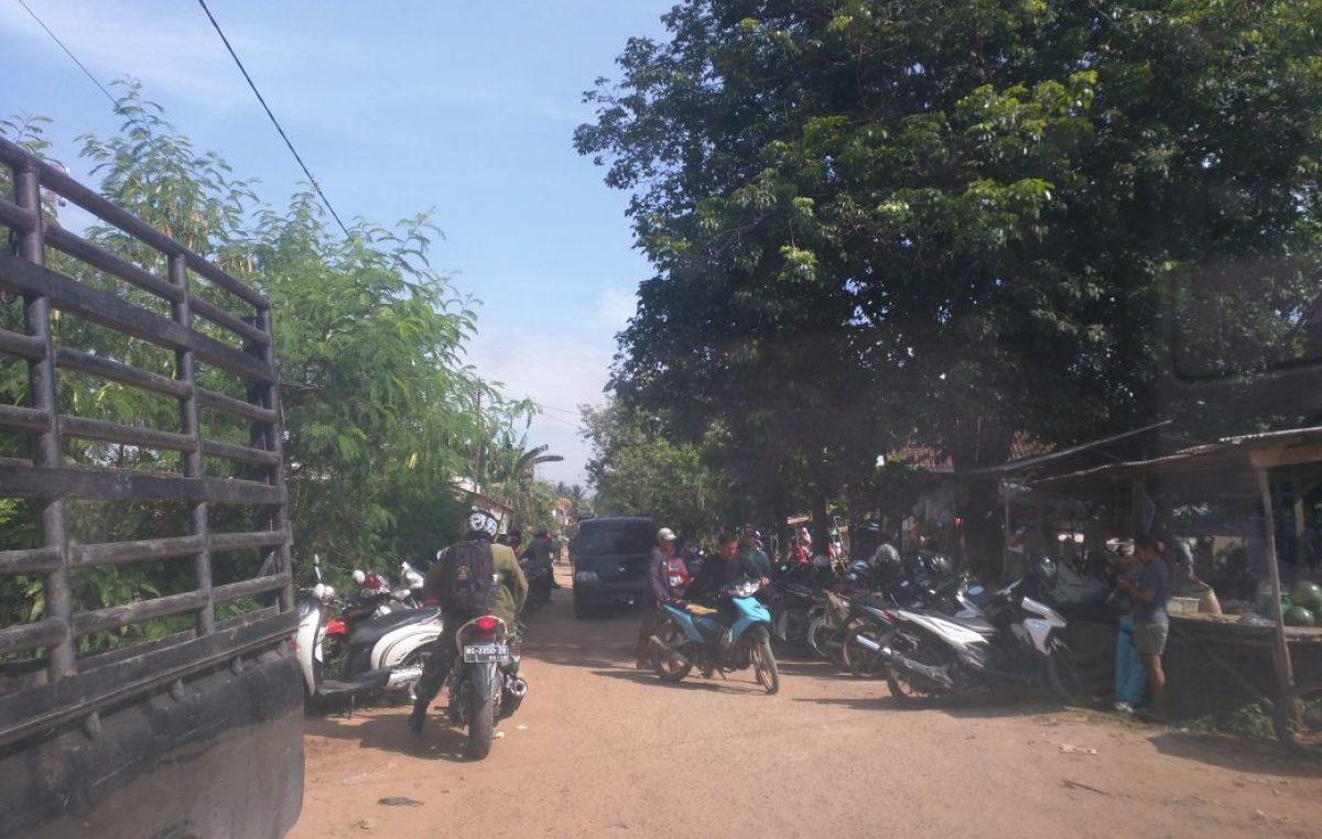 Butuh Lahan Parkir  di Pasar Kalangan Sukomoro