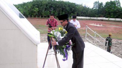 Peringati Hari Pahlawan, Bupati Supriono Ajak Warga Hormati Jasa Pahlawan dengan Berjuang, Bekerja, dan Berkarya