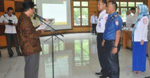 28 Pengurus Unit Pengumpul Zakat Resmi Dikukuhkan, Bupati Supriono Minta Petugas Untuk Bekerja Baik dan Ikhlas