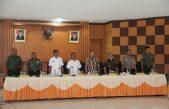 Bahas Masalah Dana Desa dan Pilkada, Bupati Supriono Terima Kedatangan 10 Anggota DPD RI