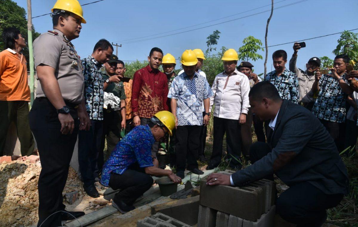 140 Warga Pangkalan Benteng Nikmati Program Bedah Rumah, Bupati Supriono Harapkan Dapat Entaskan Kawasan Kumuh