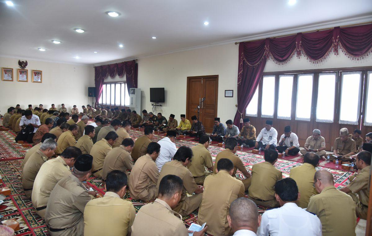 Supriono dan Jajaran Pejabat Lingkup Kabupaten Banyuasin Adakan Selamatan Purna Tugas Bupati