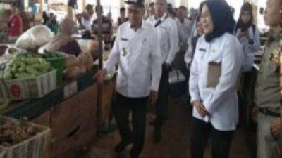 Sidak Pasar Ramadhan, Wakil Bupati Banyuasin Juga Beri Masukan Pedagang