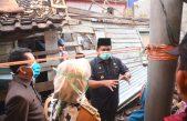 Bergerak Cepat, Bupati Banyuasin Bantu Renovasi Rumah Warganya yang Ambruk