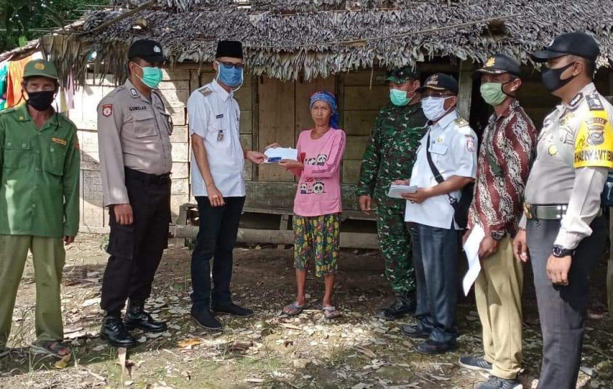 Bergerak Cepat, Satgas Penyerahan BLT Jangkau Seluruh Wilayah Banyuasin
